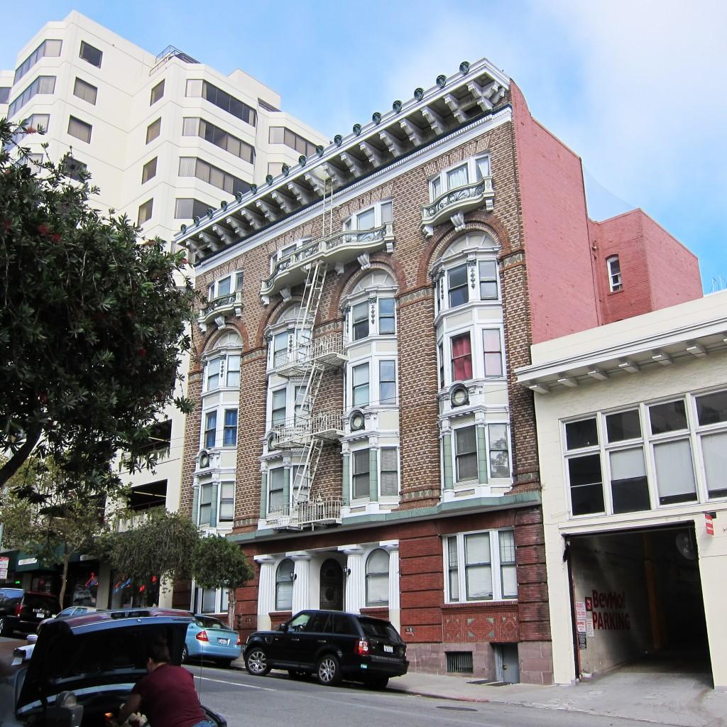 sutter street apartment